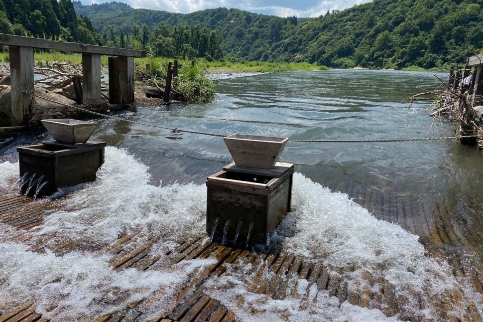 涼を求めて、越後川口・魚野川へ